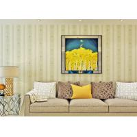 Removable contemporary Style Stripped non woven wallpaper house decor adhesive Manufactures