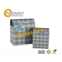 Glossy Coating Printed Trapezoid Custom Gift Boxes With Bowtie Manufactures