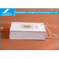 Offset Printed Cardboard Paper Essential Oil Packaging Boxes With Handle Manufactures