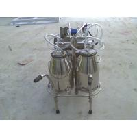 China XD32WY-2 twin buckets and Oilless Vacuum pump Electric motor mobile milking machine on sale