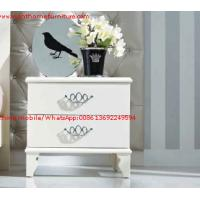 China Ivory Classic Bed side table with wooden drawers for Nightstand design used by Hotel and Villa Furniture wholesale
