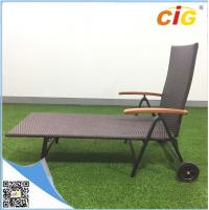 Rollaway Chaise Lounger Outdoor Furnitures Adjustable Sleeping Aluminum Lightweight Rattan Chair Manufactures