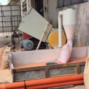 SWP400 22KW Motor Power Plastic Crusher Machine , Plastic Bottle Crushing Machine Manufactures