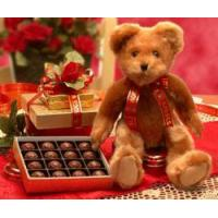 China Chocolate Gift Basket Valentine Teddy Bear on sale