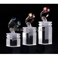 2016 new design acrylic block jewellery counter display stand JD-074 Manufactures
